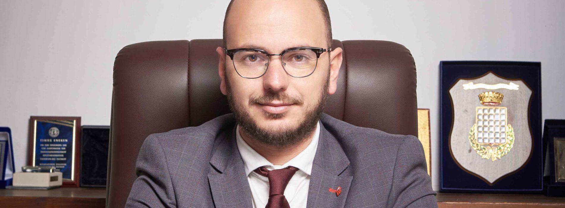 Επιστολή προς τον πρωθυπουργό   – «Έκκληση για απαγόρευση μετακινήσεων στο νησί της Πάτμου»